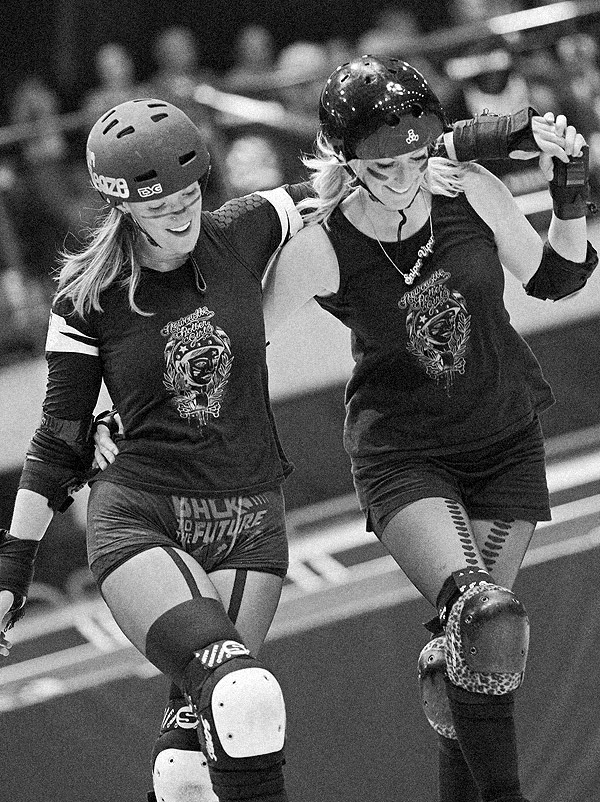 Von Sleaze and Sniper Viper, Newcastle Roller Girls